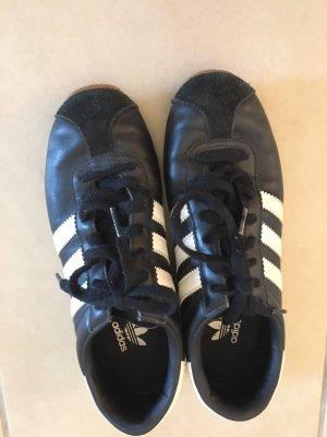 Adidas Schuhe Gr 37,5
