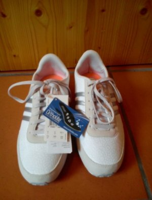 Adidas Schuhe GR. 39