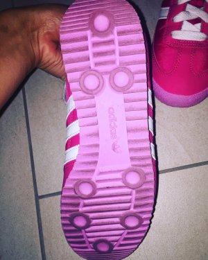 Adidas Schuhe in pink