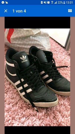 Adidas schuhe sehr gut erhalten