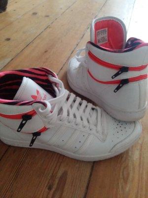 Adidas Schuhe weiss muster