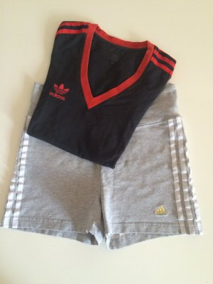 Adidas Set - Tshirt und kurze Hose