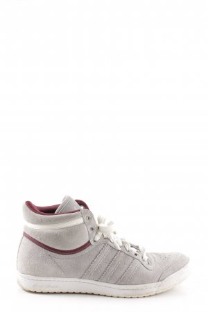Adidas Skater Shoes light grey casual look