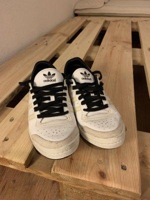 Adidas Sleek Series Größe 38