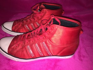 Adidas Sleek Series neu