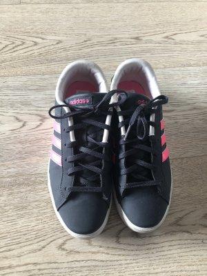 Adidas NEO Basket à lacet rose-bleu foncé