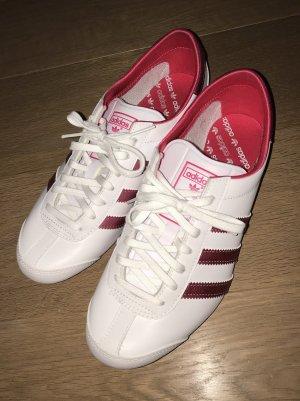 Adidas Sneaker Aditrack