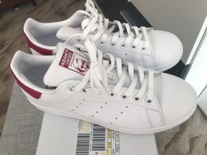 adidas stan smith Basket à lacet blanc-rouge framboise