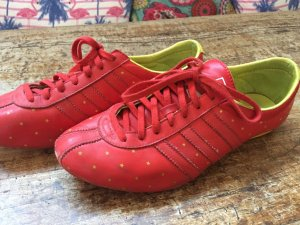 Adidas Lace-Up Sneaker yellow-dark red