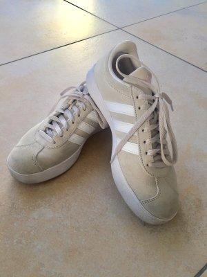 Adidas Originals Lace-Up Sneaker cream-white suede