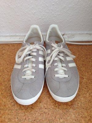 Adidas Sneaker grigio chiaro-bianco