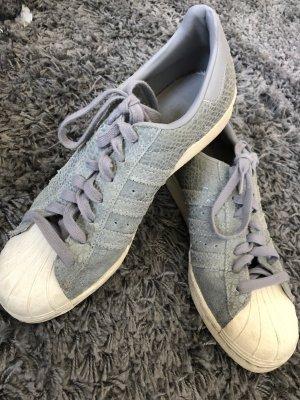 Adidas Sneaker grau mit Glitzer