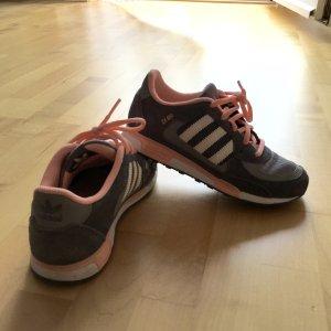 Adidas Sneaker grau/rosa