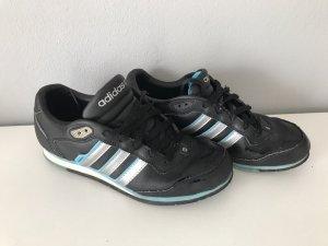 Adidas sneaker Größe 38 schwarz guter Zustand