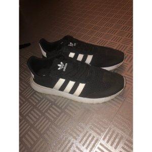 Adidas Sneaker schwarz weiß neu