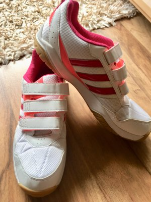 Adidas Sneaker con strappi multicolore