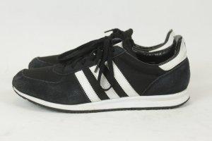 adidas Sneaker Turnschuhe Gr. 40 schwarz