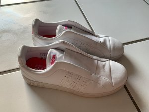 Adidas Slip-on Sneakers white-pink