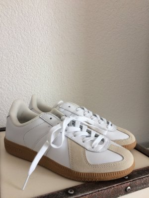 Adidas Basket à lacet blanc-beige