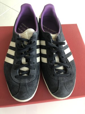 Adidas Lace-Up Sneaker dark blue-white