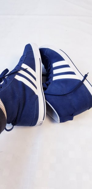 Adidas Lace-Up Sneaker blue