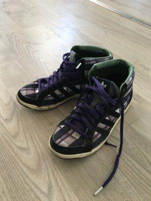 Adidas Sneakers kariert