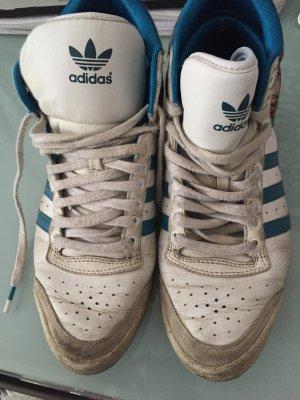 Adidas sneakers mit orientalischem Muster