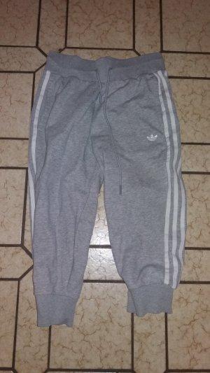 Adidas Sporthose aus Baumwolle, Größe 36