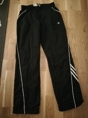 Adidas Sporthose Größe 176 (wie S)