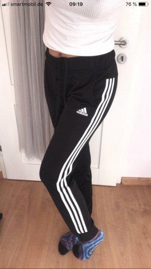 Adidas Sporthose in schwarz