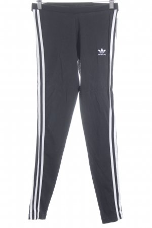 Adidas Sporthose schwarz-weiß Streifenmuster klassischer Stil