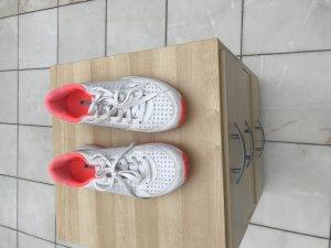 Adidas Sportschuhe by Stella McCartney 39 1/3