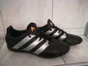 Adidas Sportschuhe in Gr. 38,5