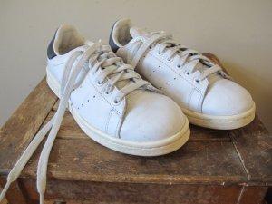 ADIDAS Stan Smith 42 / 8,5 weiß blau Sneaker Turnschuhe