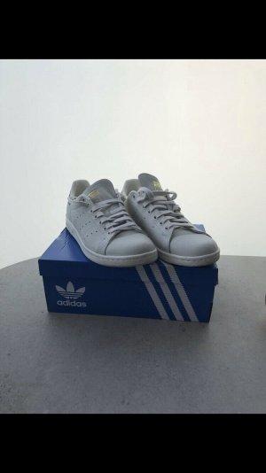 Adidas Originals Lace-Up Sneaker light grey