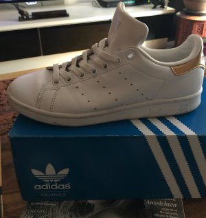 adidas stan smith Basket blanc-doré