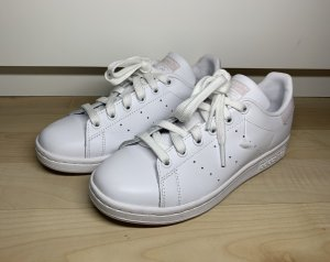Adidas Lace-Up Sneaker white-light pink
