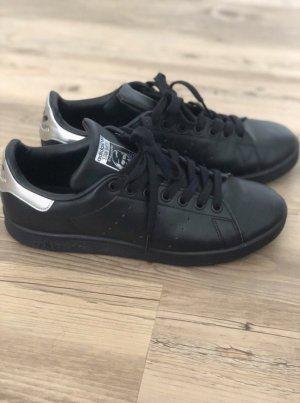 Adidas // Stan Smith in schwarz Silber