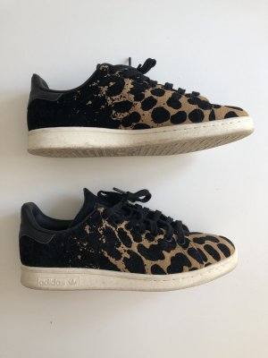 Adidas Stan Smith mit Leopardenmuster