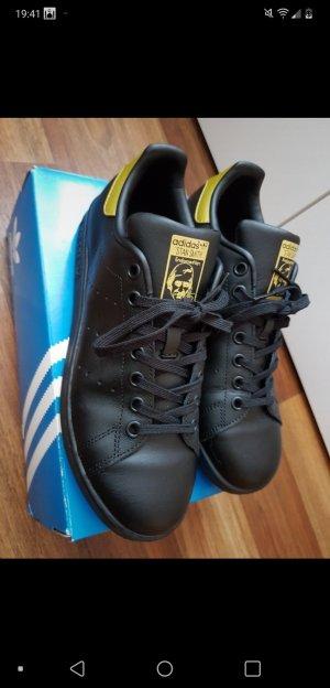 Adidas Originals Sneaker con strappi nero