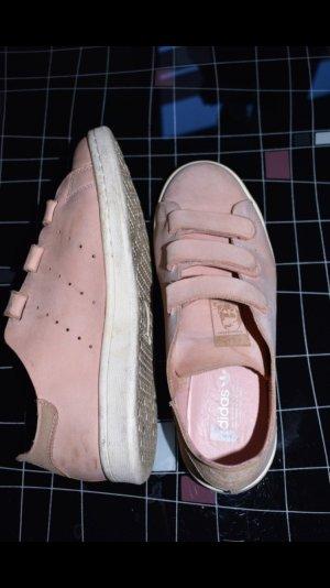 Adidas Stan Smith UO Nubuck mit Klettverschluss Gr. 38 in rosa