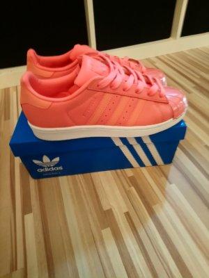 Adidas Originals Sneaker stringata salmone