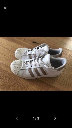Adidas Superstar schwarz Gr 39 13