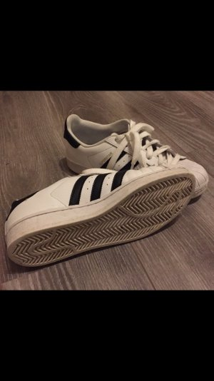 Adidas Lace-Up Sneaker white-black