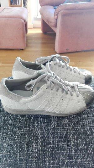 Adidas Sneaker stringata grigio chiaro Scamosciato