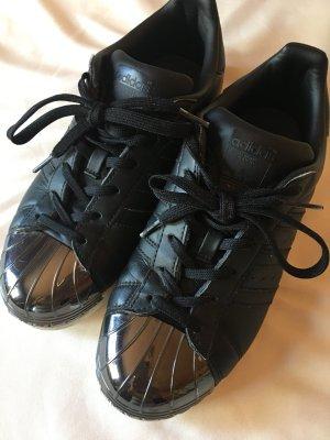 Adidas Originals Basket à lacet noir-argenté