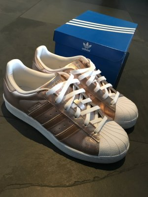 Adidas Superstar in Roségold