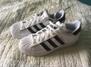 Adidas Basket à lacet blanc-noir cuir