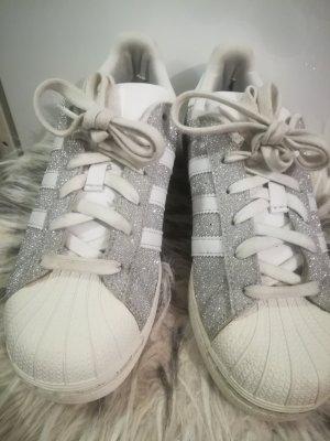Adidas Originals Basket à lacet blanc-argenté