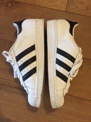 Adidas Superstar mit original Karton